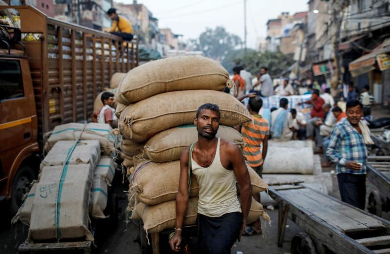 Defensores dicen que países ignoran explotación de obreros migrantes